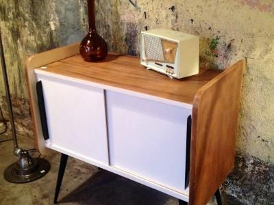 meuble de rangement ann es 60 r tro boutique. Black Bedroom Furniture Sets. Home Design Ideas